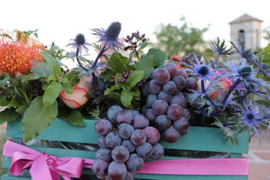Cassetta con fiori e frutta – IMG 1294