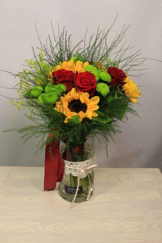 Bouquet di rose e girasoli – IMG 9049 e1588954881876
